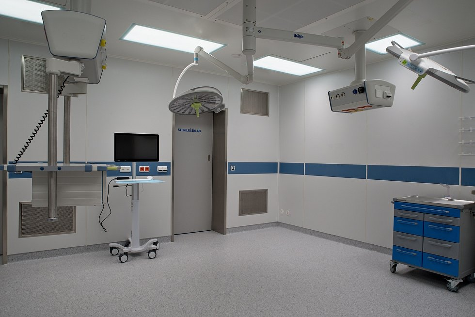 V nemocnici v Karviné-Ráji otevřeli dva zbrusu nové operační sály.