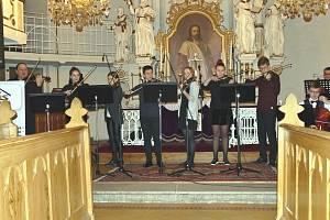 Předvánoční koncert s Jiřím Erlebachem v Havířově.