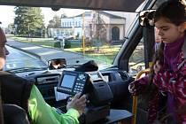 Děti z Rychvaldu mohou využívat speciálně vypravovaný školní minibus.
