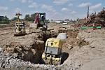 Už měsíc běží stavební práce na budování sportovního areálu v Karviné-Hranicích. Foto: Marek Běhan