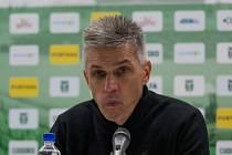 Nový trenér MFK Karviná Norbert Hrnčár vkládá do hry svého týmu vlastní sympatické prvky.