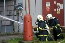 Cvičný zásah hasičů. Ilustrační snímek.
