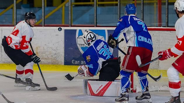 Orlovským hokejistům základní část nevyšla a jsou rádi, že si vůbec zahrají play off.