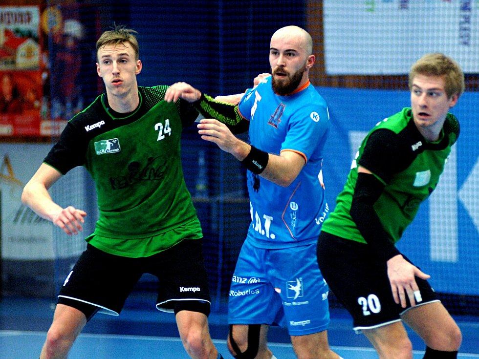 Házenkáři Baníku na Final 4 porazili Lovosice, ale prohráli ve finále s Plzní.