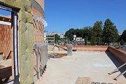 Stavba smuteční síně na centrálním hřbitově v Havířově-Šumbarku.