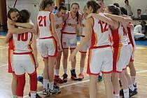 Mladé basketbalistky Havířova korunovaly své snažení vynikajícím bronzem z českého mistrovství.