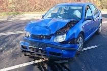 Nehoda dvou osobních automobilů na Vodní ulici v Havířově.