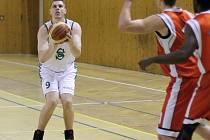 Karvinští basketbalisté zvládli náročný výjezd se ctí.