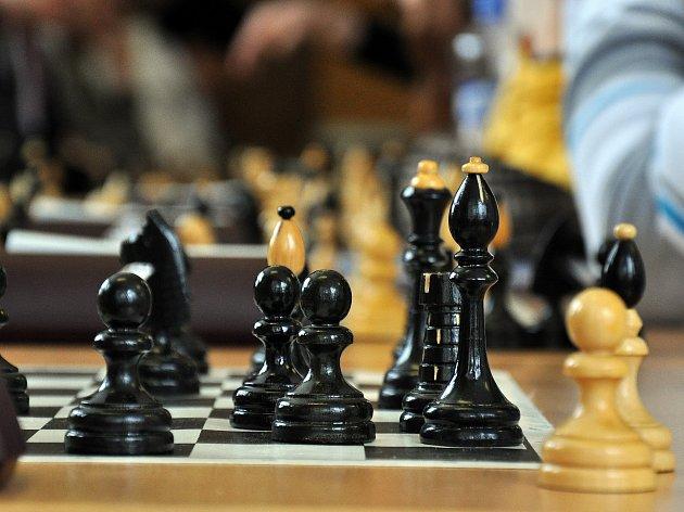 Pokračovala první liga šachových družstev.