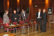 V havířovském KD Radost se diskutovalo o budoucnosti Karvinska po ukončení těžby černého uhlí.