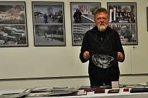 Ve věku 77 let zemřel havířovský fotograf Antonín Válek.