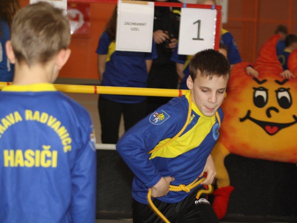Halová soutěž mladých hasičů v Havířově.