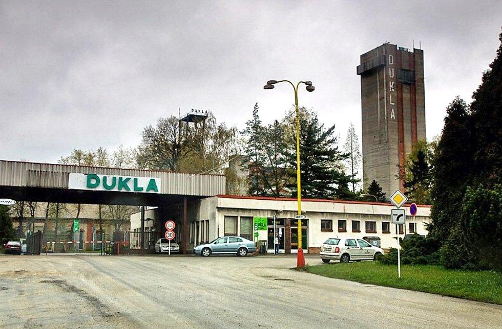 Dnes již nemožný pohled na Důl Dukla v Havířově.