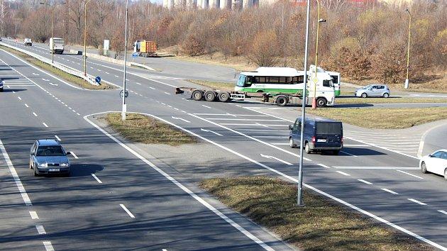 Křižovatku na Ostravské ulici čekají změny