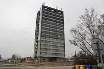 Věžový dům v ulici Železničářů v Havířově.
