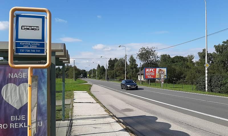 Karviná-Louky. Z původní obce zbylo torzo poté, co její velká část padla v 80. letech za oběť těžbě uhlí. Centrum obce.