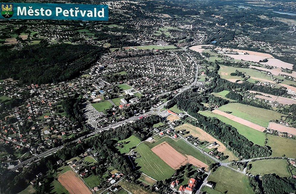 Petřvald. Letecký pohled na Petřvald. fotografie