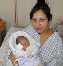 Nikolasek se narodil 11. února mamince Nikole Urbancové z Orlové. Když přišel chlapeček na svět, vážil 3350 g a měřil 49 cm.