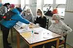Volby na nejstarším havířovském sídlišti na Šumbarku, kde jsou v ZŠ Školní okrsky č. 57 a 58.