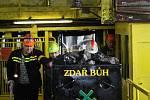 Z podzemí stonavského Dolu 9. květen byl 24. 3. 2016 vytažen poslední vozík s černým uhlím.