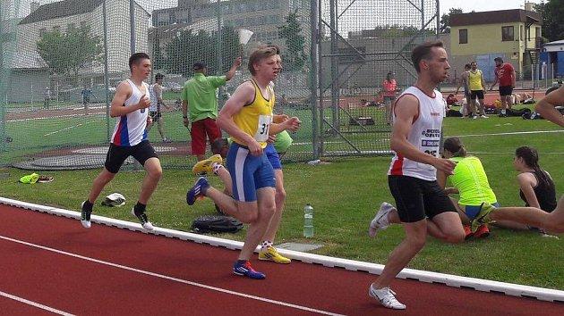 Nejlepším bodovačem družstva se stal Lukáš Ožana (ve žlutém).