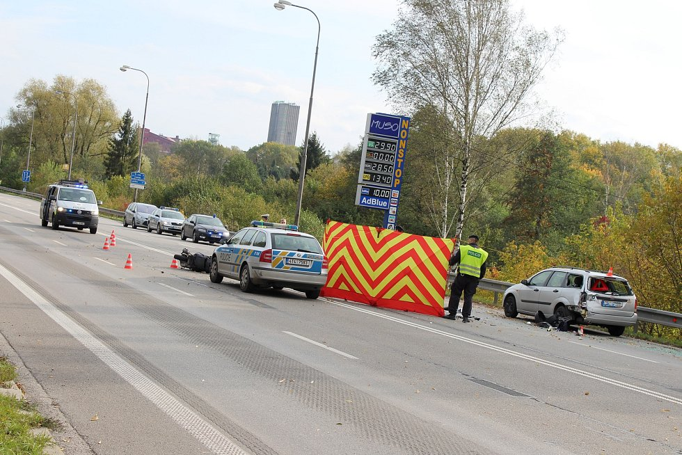 K tragické nehodě došlo ve čtvrtek odpoledne v Ostravské ulici v Orlové.