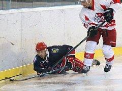Na zemi. Karvinský hokej dopadl znovu na dno.