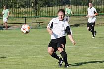 David Dorozlo rozhodl svým gólem o remíze Albrechtic.