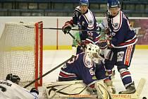 Karvinští hokejisté přivezli bod z Nového Jičína, připravují se na Prostějov.