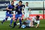 Karvinští (v bílém) prohráli v Olomouci 2:3.