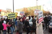 Demonstrace za záchranu nemocnice v Orlové.