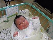 Dominik Štula se narodil 2. července paní Karině Vrublové z Orlové. Porodní váha miminka byla 4400 g a míra 54 cm.