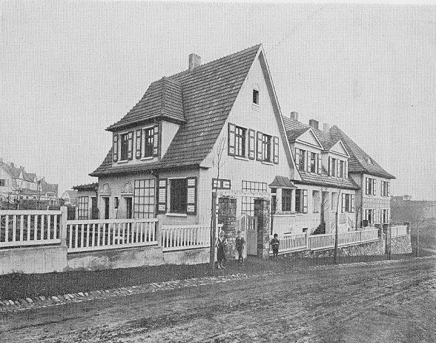 Jeden z domů v karvinské kolonii New York v meziválečném období.