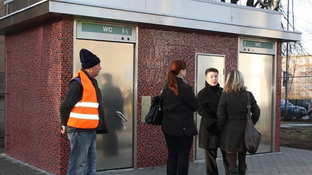 Veřejné toalety v centru Havířova.