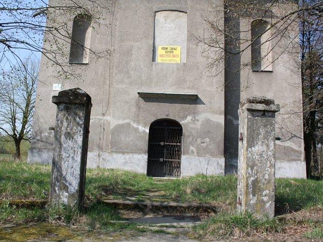 Kostel v Karviné-Loukách.