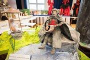 Výstava s názvem S panenkami za historií aneb Světové dějiny očima panenky Barbie v prostorách Kulturního domu v Dolní Lutyni.