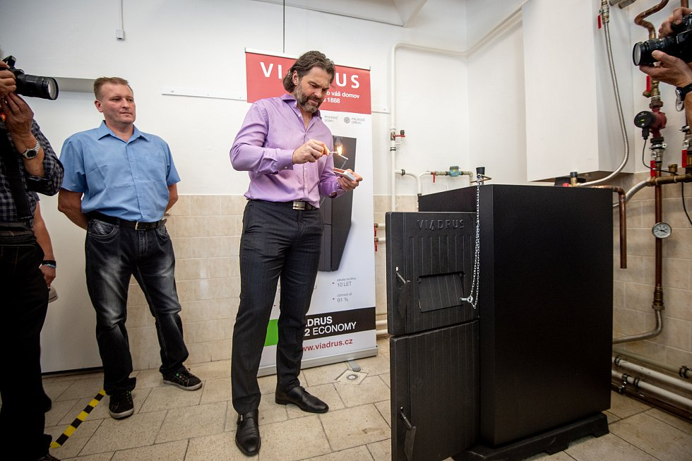 Jaromír Jágr přijel do Bohumína podpořit prodej nového výrobku firmy Viadrus, 5. zaří 2019 v Bohumíně.