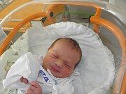 Oliver Kloss se narodil 13. března mamince Lence Klossové z Orlové. Po narození chlapeček vážil 3410 g a měřil 50 cm.