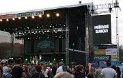 V Havířově začaly v pátek odpoledne Havířovské slavnosti 2016. Na snímcích kapela Iné Kafe.