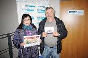 Manželé Petruňovi převzali už dříve cenu pro vítěze týmové soutěže. Jitka Petruňová skončila navíc druhá, získala voucher na předplatné Deníku v hodnotě 5OO Kč.