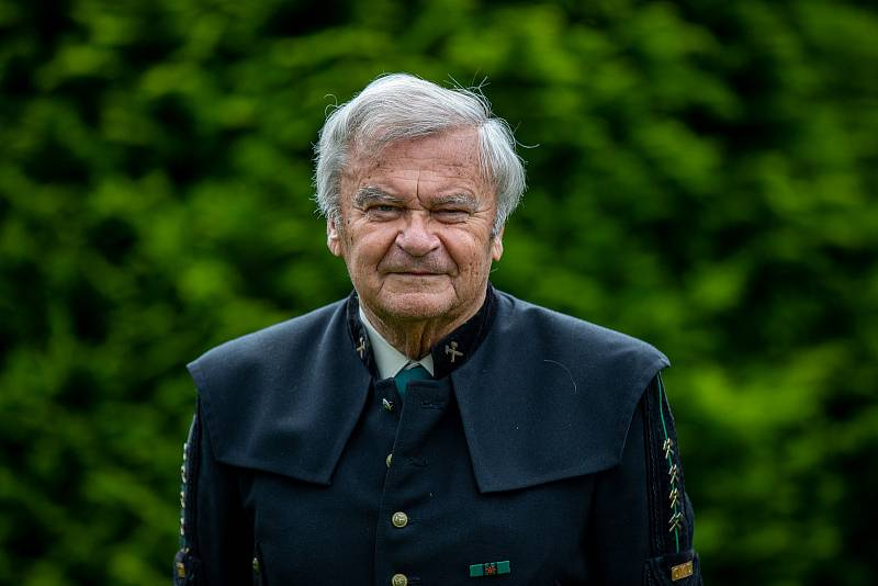 Jaroslav Gongol pracoval na Dole Dukla v Havířově a začínal jako revírník. Osobně prožil těžkou důlní havárii, kdy zde 7. července 1961 zahynulo 108 horníků.