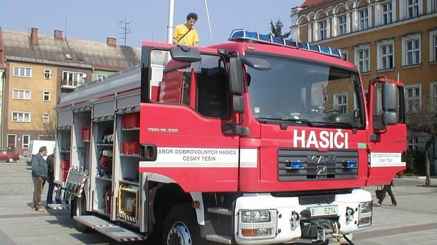 Nové auto dobrovolných hasičů.