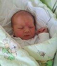 Vojtíšek Bednár se narodil 4. dubna v 8.03 v Havířově. Po porodu vážil 3,67 kg a měřil 52 cm.