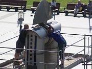 Oprava pohonu kyvadla na havířovském náměstí Republiky.