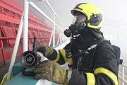 Požární cvičení na zimním stadionu v Havířově.