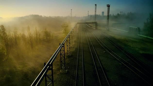 Industriální romantika objektivem Jiřího Hanzela.
