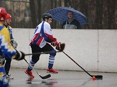 Hokejbalisté HbK se čelu tabulky nepřiblížili.