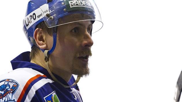 Marek Ivan by měl v říjnu začít pracovat pro polský svaz ledního hokeje. Časem chce do tamější extraligy dostat nějaký český tým.