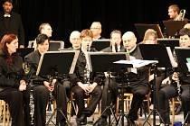 Karvinský dechový orchestr Májovák