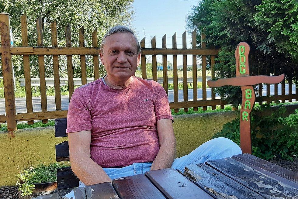 Bohumín-Šunychl. Ladislav Novák, bývalý československý reprezentant v silniční cyklistice.